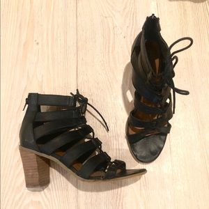 Steve Madden lace up sandals black